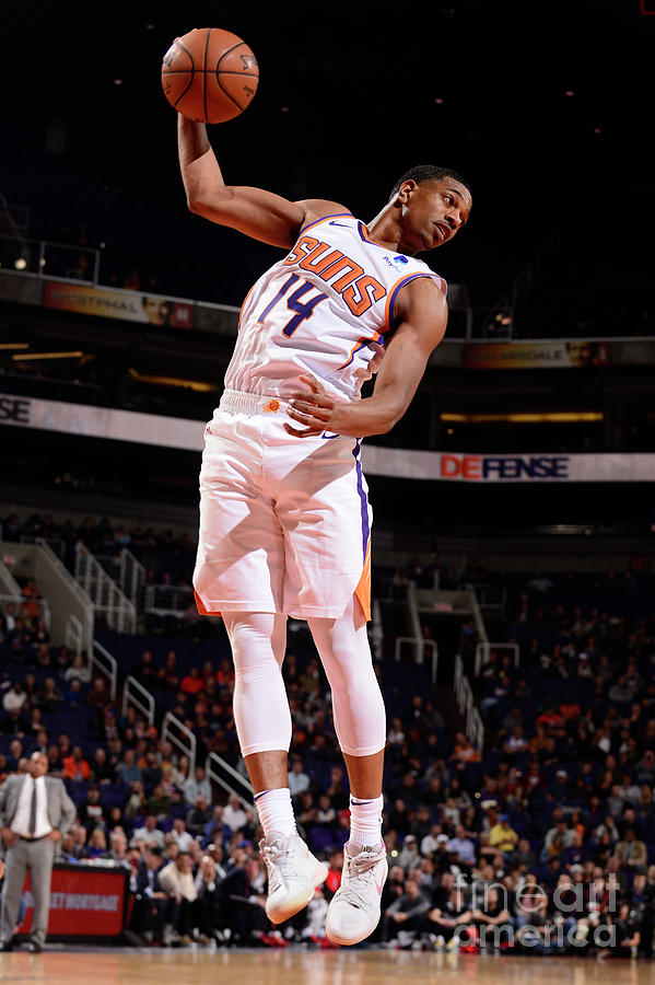 Los Angeles Clippers V Phoenix Suns Photograph by Barry Gossage