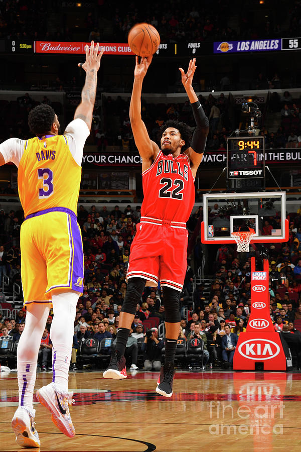 Los Angeles Lakers V Chicago Bulls Photograph by Jesse D. Garrabrant