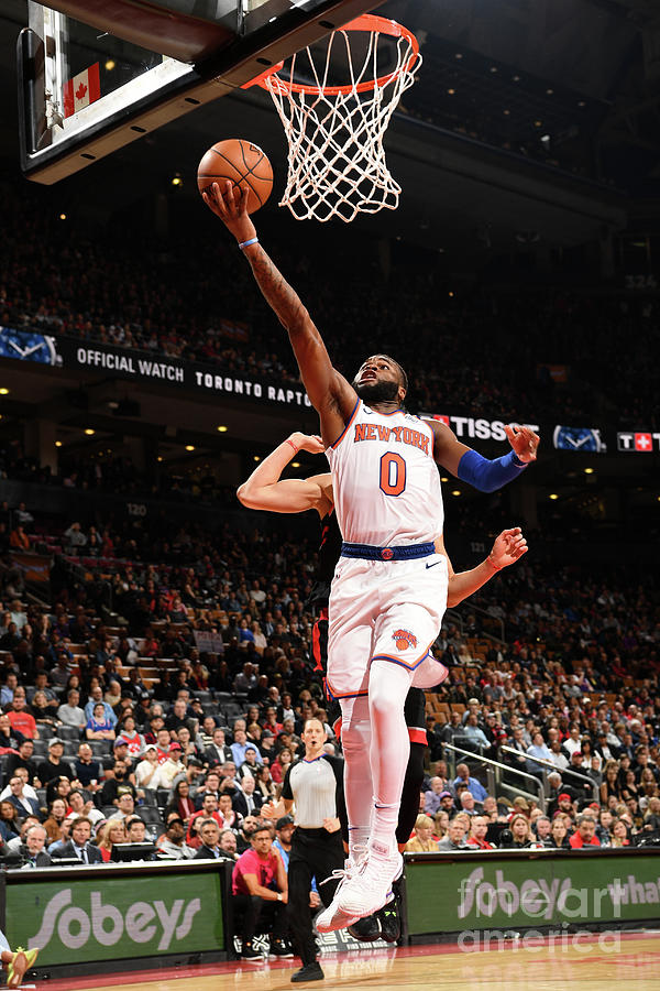 New York Knicks V Toronto Raptors Photograph by Ron Turenne