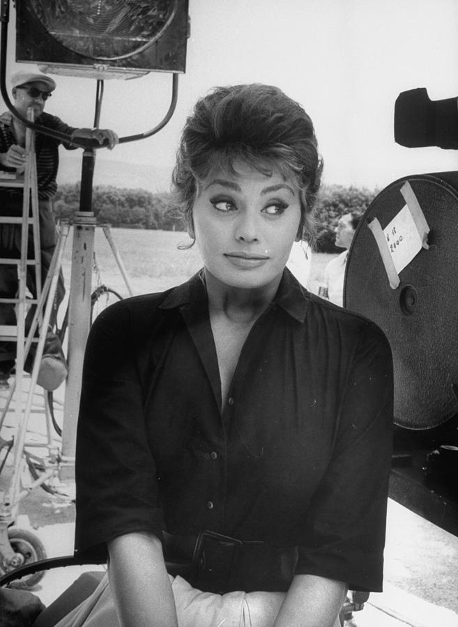 Sophia Loren 4 Photograph by Alfred Eisenstaedt