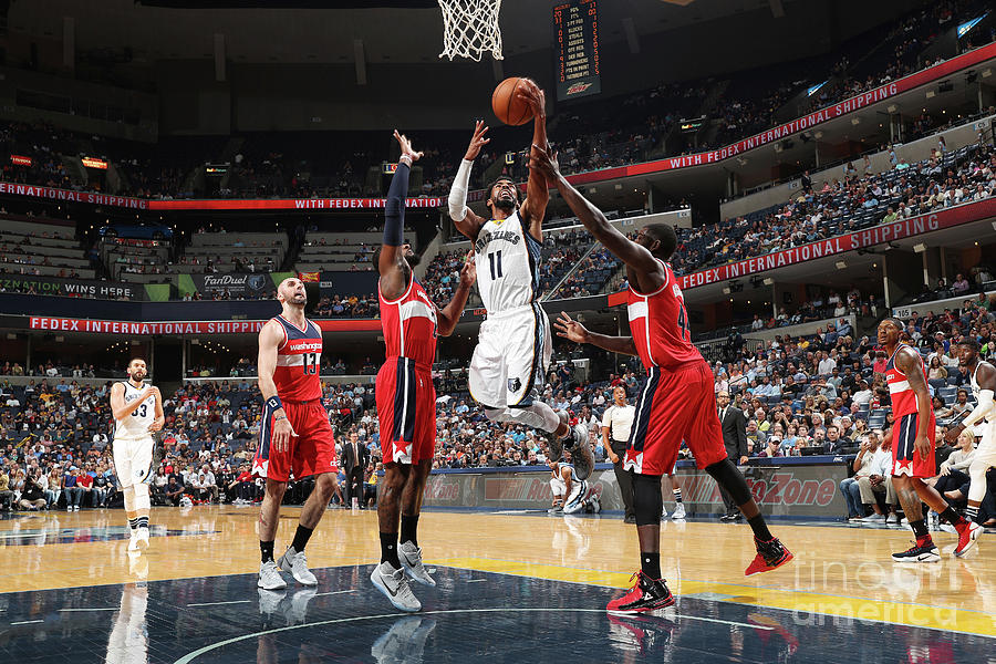 Washington Wizards V Memphis Grizzlies Photograph by Joe Murphy