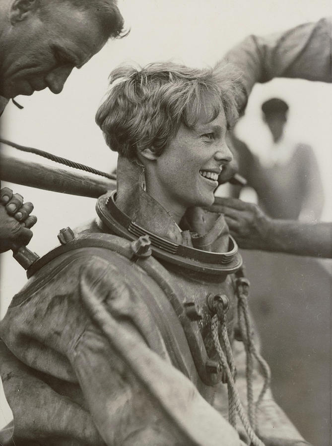 1929 Photograph - Amelia Earhart, American Aviatrix by Science Source