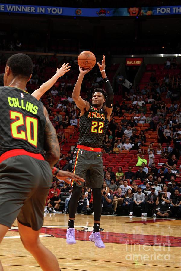 Atlanta Hawks V Miami Heat Photograph by Oscar Baldizon