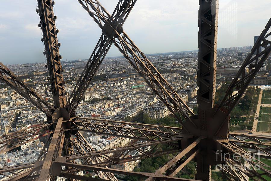 Eiffel Tower, Paris France by Steven Spak