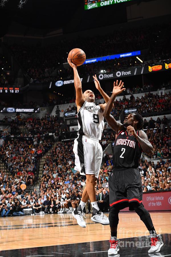 Houston Rockets V San Antonio Spurs - Photograph by Jesse D. Garrabrant