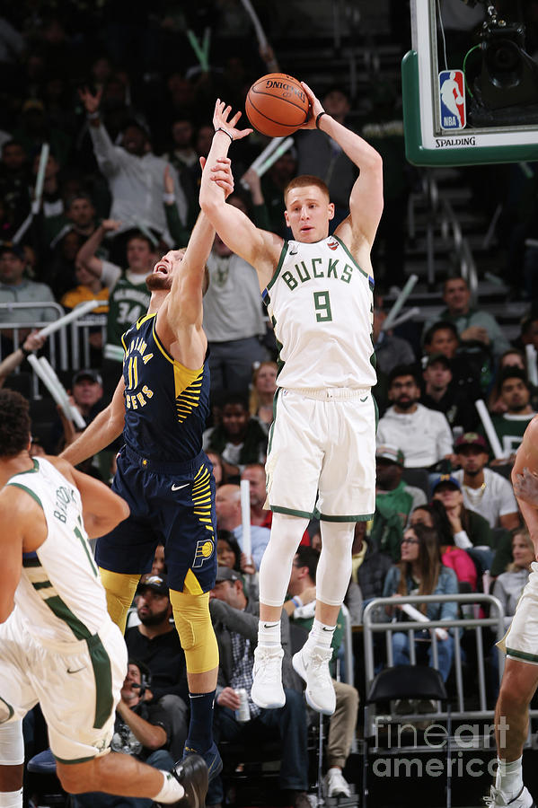 Indiana Pacers V Milwaukee Bucks Photograph by Gary Dineen
