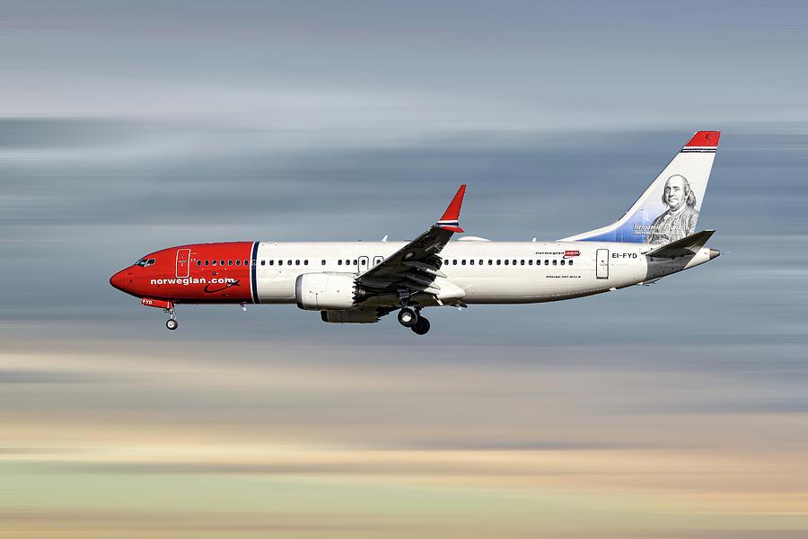 Norwegian Mixed Media - Norwegian Boeing 737 Max 8 by Smart Aviation