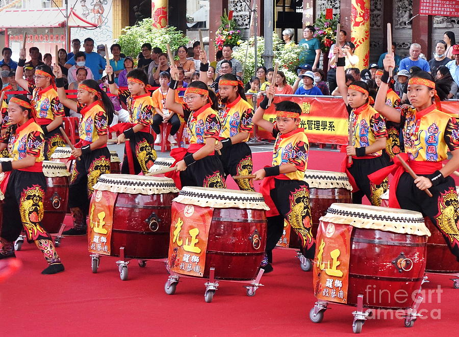 Taiwan Photograph - Taiwan Student Percussion Group by Yali Shi