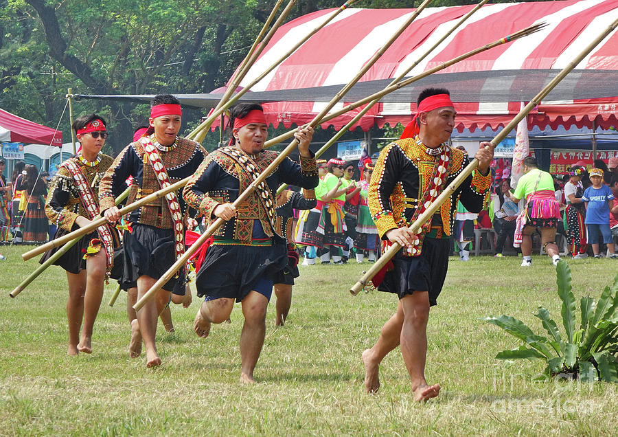 Harvest Festival of the Rukai People in Taiwan by Yali Shi