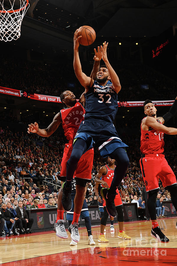 Minnesota Timberwolves V Toronto Raptors Photograph by Ron Turenne