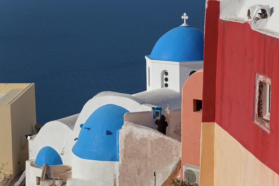 Oia, Santorini, Cyclades Islands, Greece Photograph by Peter Adams