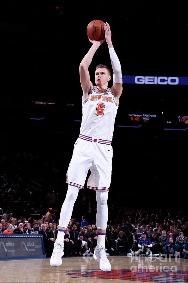 San Antonio Spurs V New York Knicks Photograph by Nathaniel S. Butler