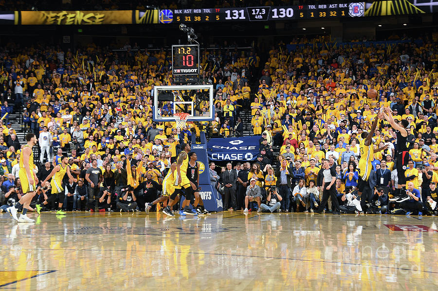 La Clippers V Golden State Warriors - Photograph by Andrew D. Bernstein