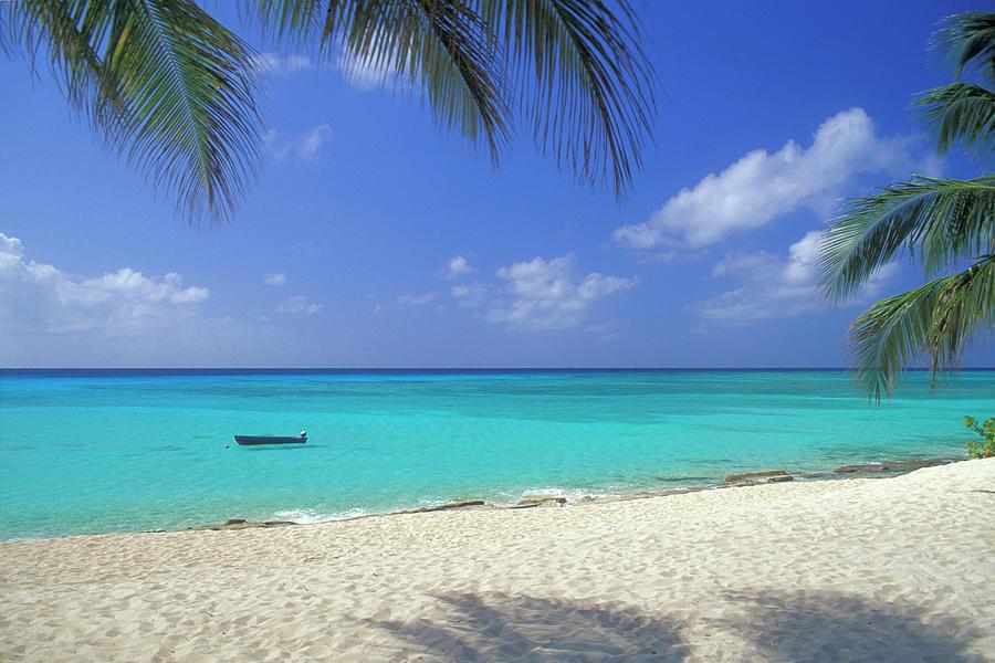 7 Mile Beach, Cayman Islands Photograph by Myloupe/uig