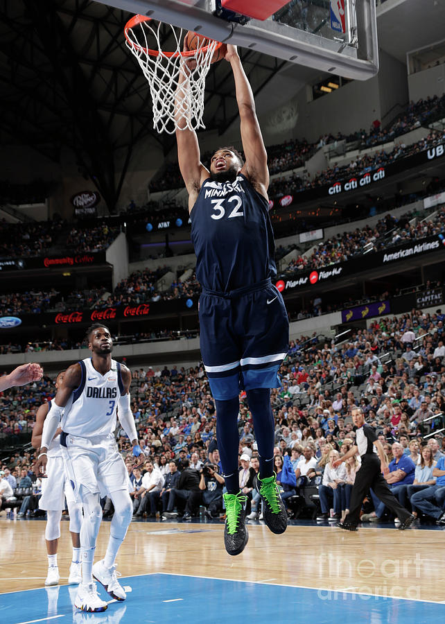 Minnesota Timberwolves V Dallas Photograph by Glenn James