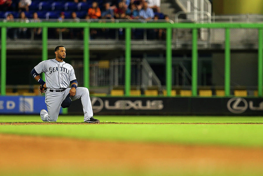 Seattle Mariners V Miami Marlins Photograph by Mike Ehrmann