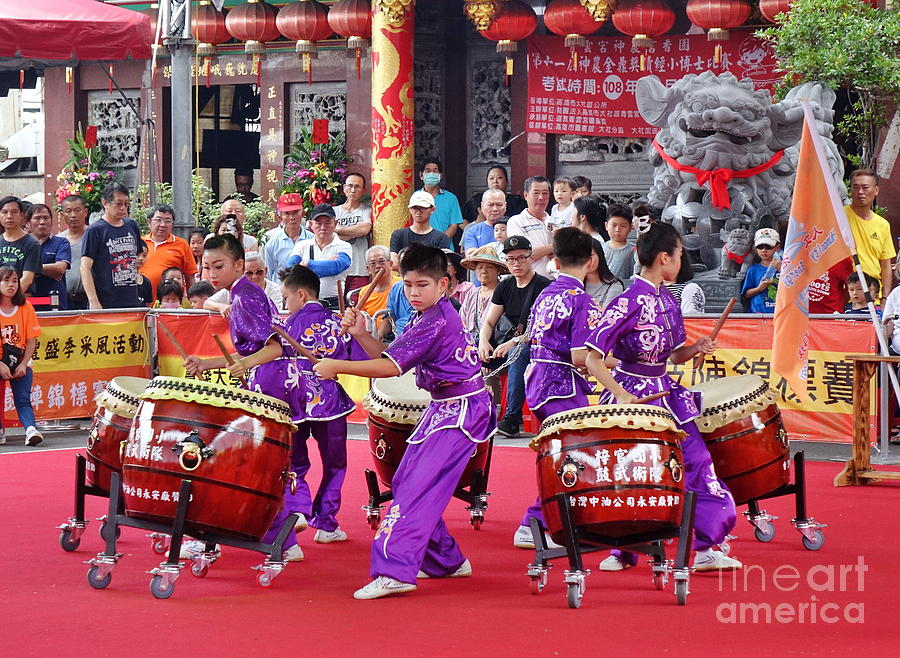 Taiwan Student Percussion Group by Yali Shi