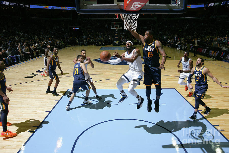 Utah Jazz V Memphis Grizzlies Photograph by Joe Murphy