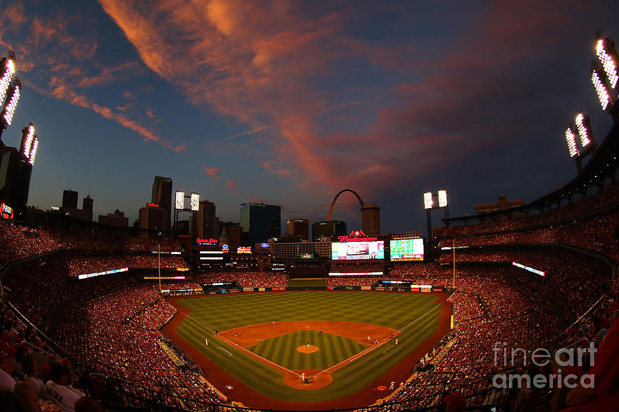 Atlanta Braves V St Louis Cardinals Photograph by Dilip Vishwanat