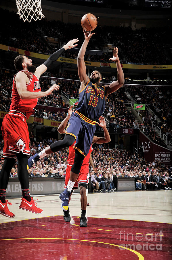 Chicago Bulls V Cleveland Cavaliers 8 Photograph by David Liam Kyle