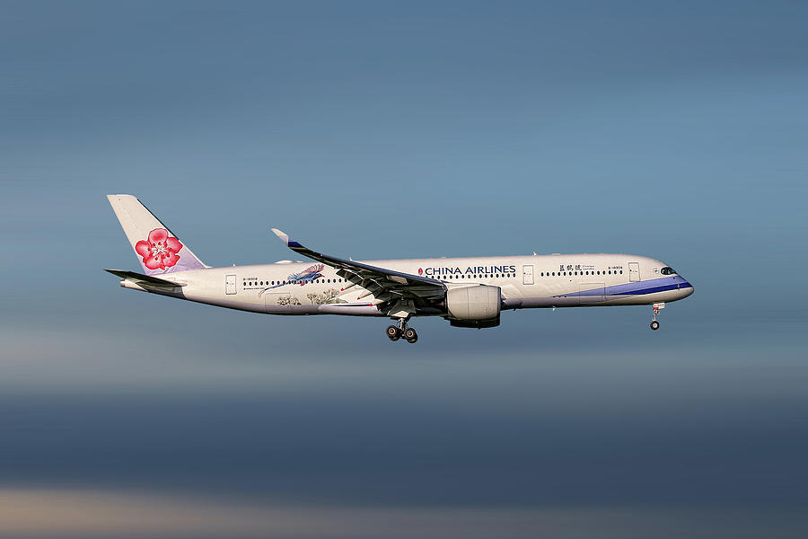 China Mixed Media - China Airlines Airbus A350-941 by Smart Aviation