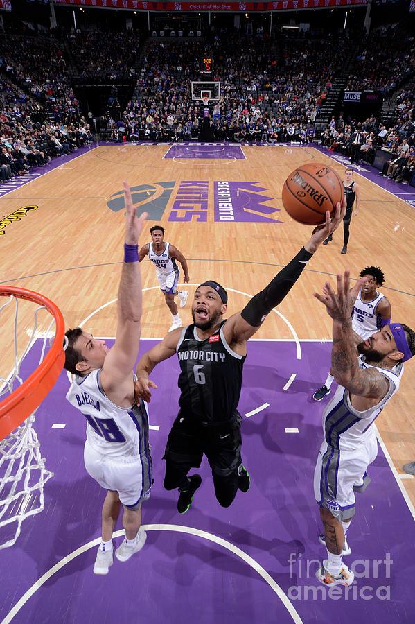 Detroit Pistons V Sacramento Kings Photograph by Rocky Widner