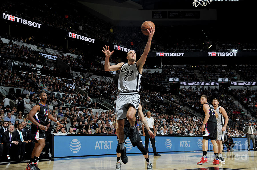 La Clippers V San Antonio Spurs Photograph by Mark Sobhani