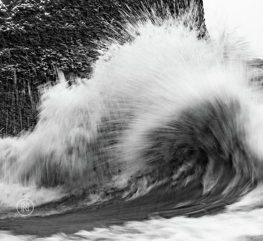 Waves Photograph - Lake Erie Waves by Dave Niedbala
