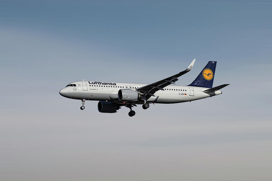 Airbus Mixed Media - Lufthansa Airbus A320-271n by Smart Aviation