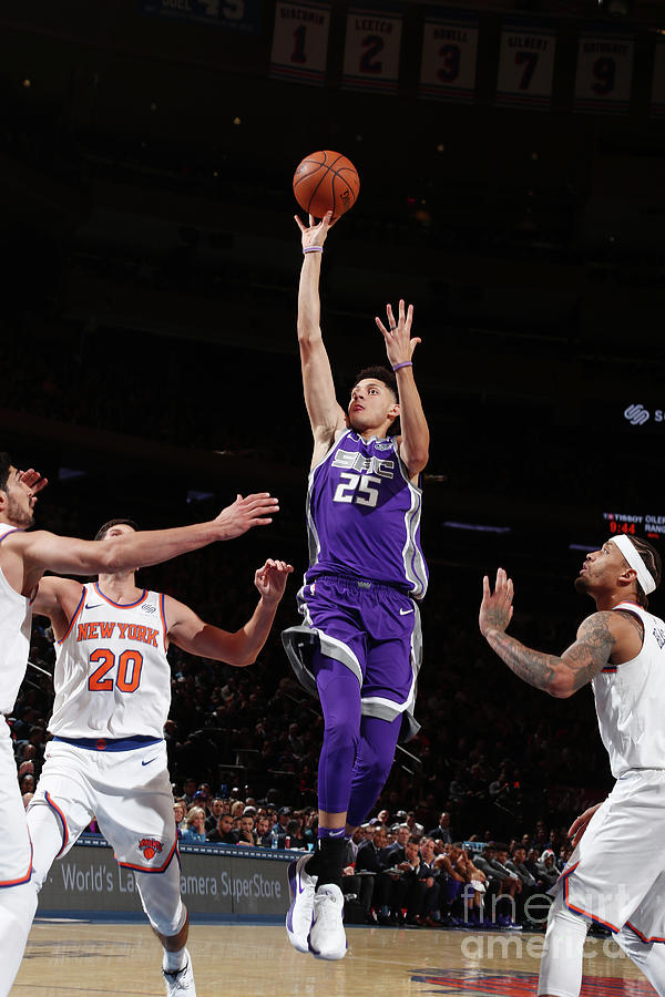 Sacramento Kings V New York Knicks Photograph by Nathaniel S. Butler