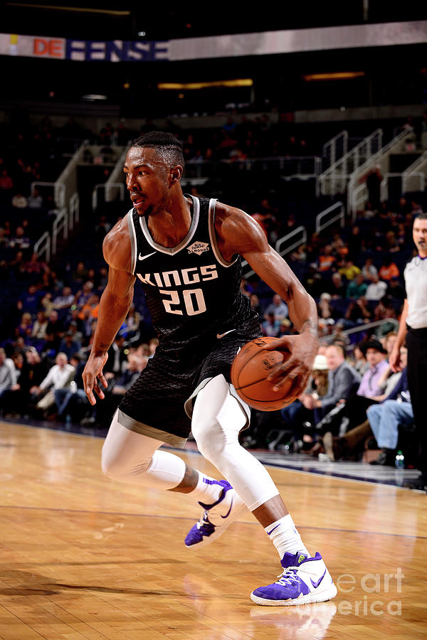 Sacramento Kings V Phoenix Suns Photograph by Barry Gossage