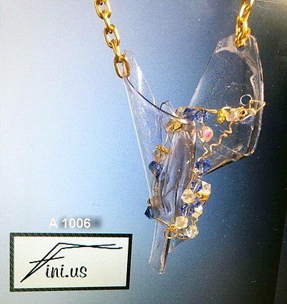A 1006A 1006 Wire Wrapped Pendant by Mary Russell