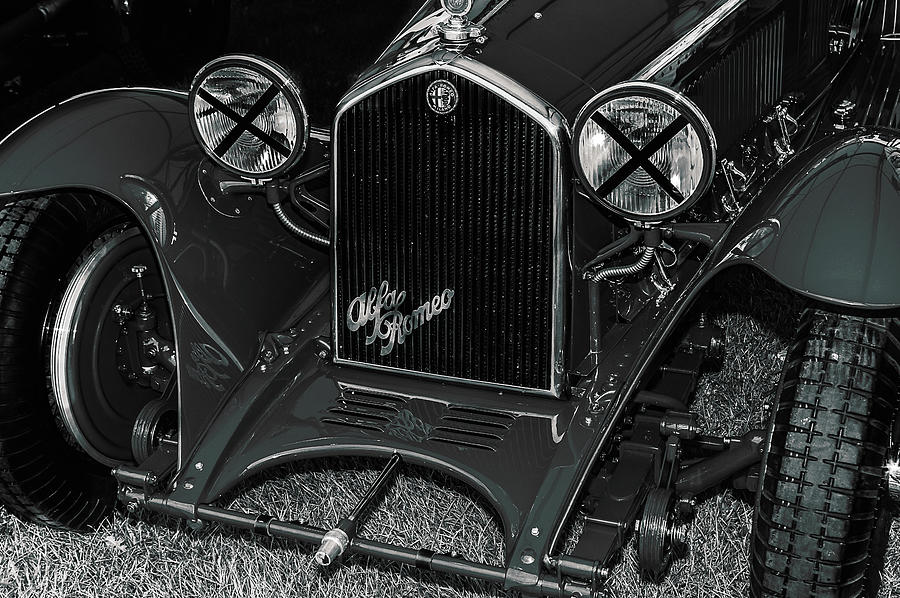 1930's Photograph - A 1933 Alfa Romeo 6c 1750 by Graham Cornall