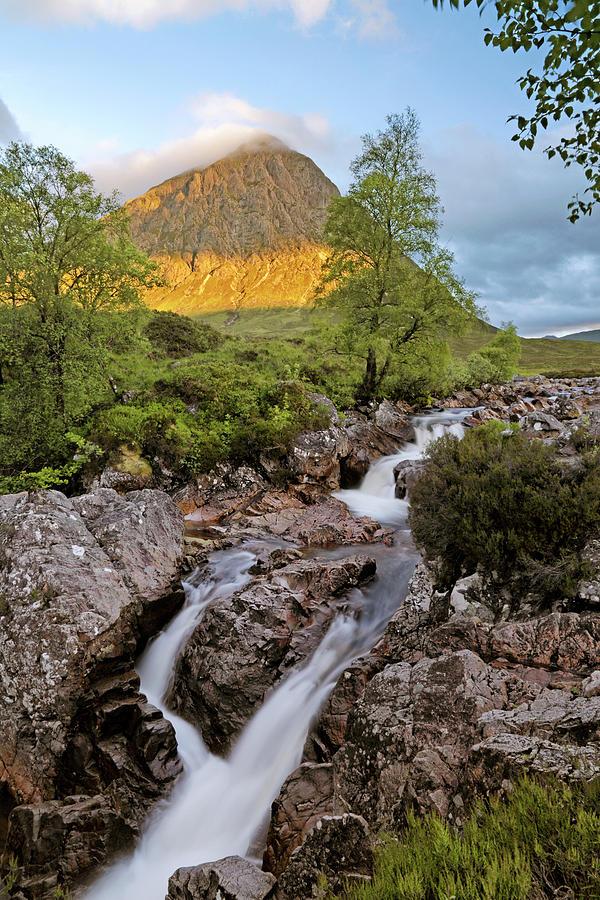 A Buachaille Etive Mor Sunrise - Scotland - Glen Coe by Jason Politte