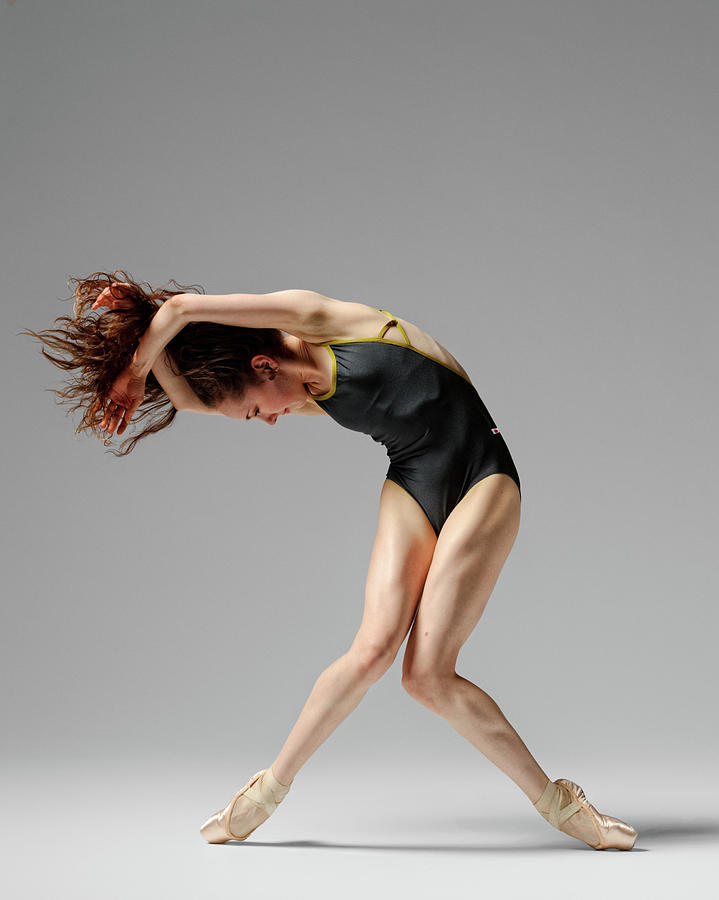 A Dancer In Pointe Photograph by Copyright Christopher Peddecord 2009