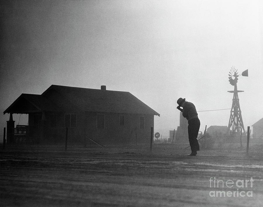 A Dust Storm In Oklahoma Photograph by Bettmann