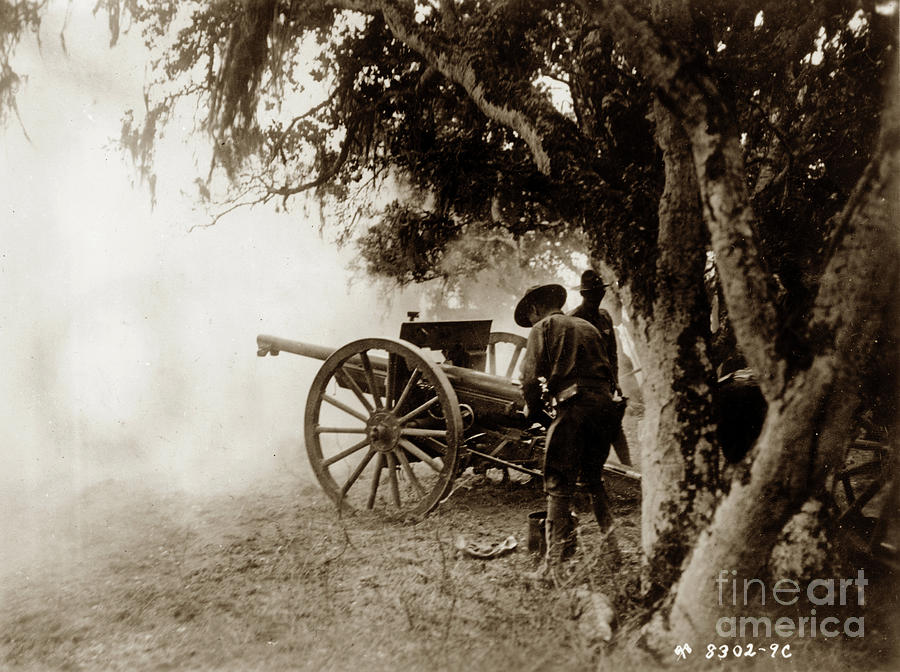 A French  75mm Gun use by the 76th Field Arttilery, United State by California Views Archives Mr Pat Hathaway Archives
