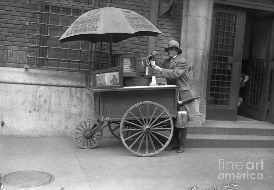 A Lemonade And Hot Dog Vendor Photograph by Bettmann