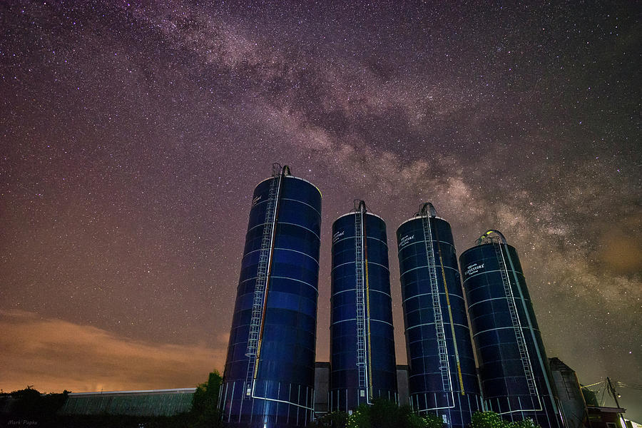 A Night at the Farm 2 by Mark Papke