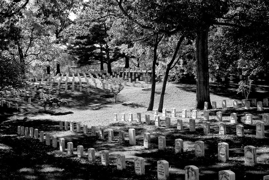 Arlington National Cemetery Photograph - A Peaceful Day At Arlington by Paul W Faust - Impressions of Light