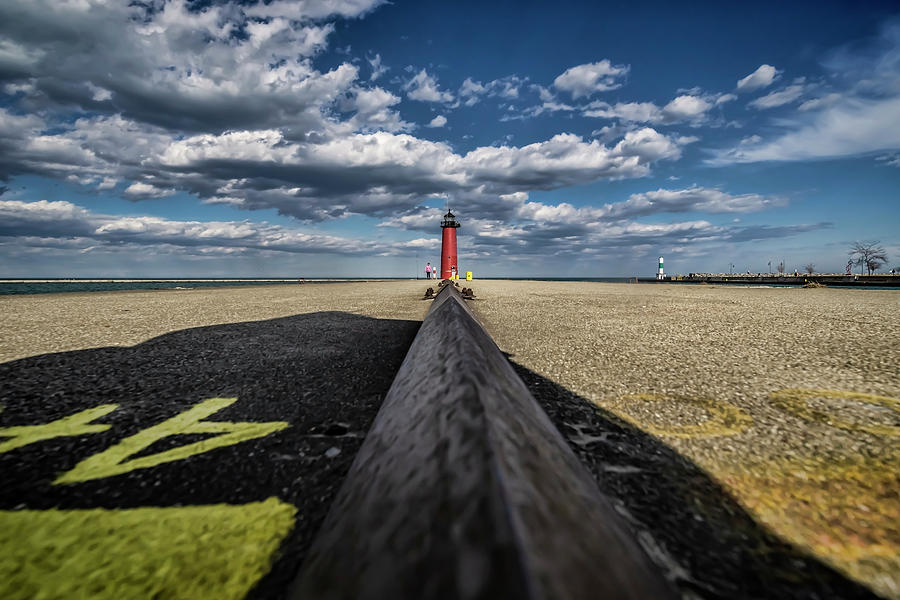 A wide angle look at pretty skies by Lake Michigan by Sven Brogren