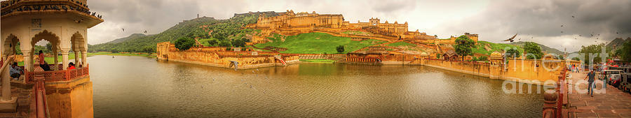 A wide panoramic view of Amer Fort - India by Stefano Senise