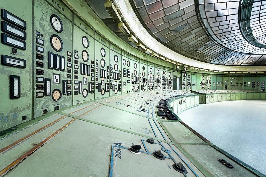 Abandoned Art Deco Control Room by Roman Robroek