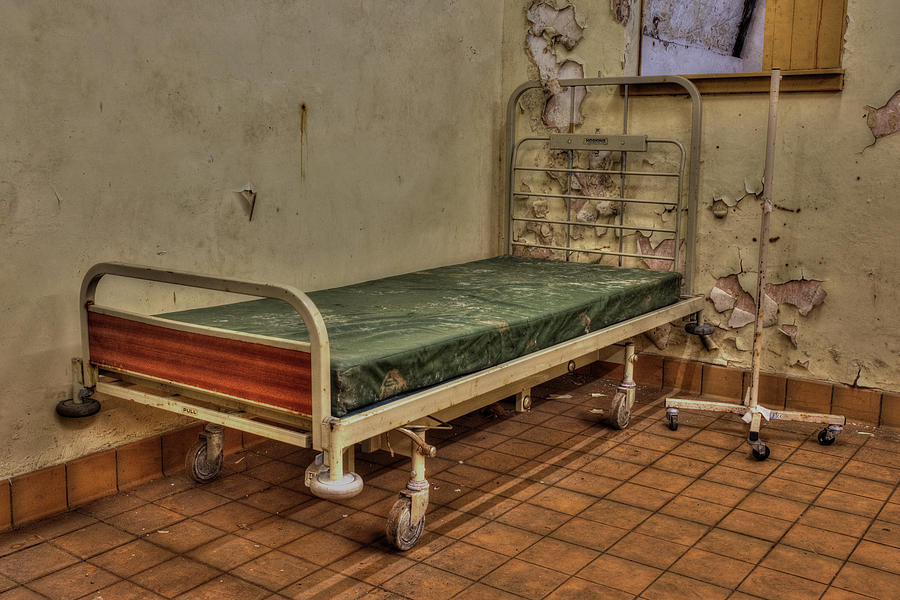 Bed Photograph - Abandoned Hospital Bed by Steev Stamford