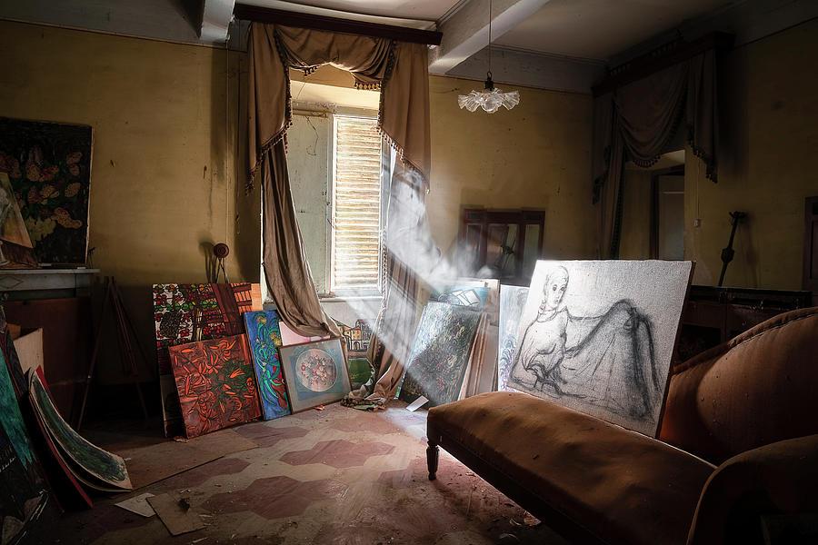 Abandoned Paintings in Home by Roman Robroek