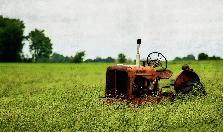 Abandoned Tractor by Garvin Hunter
