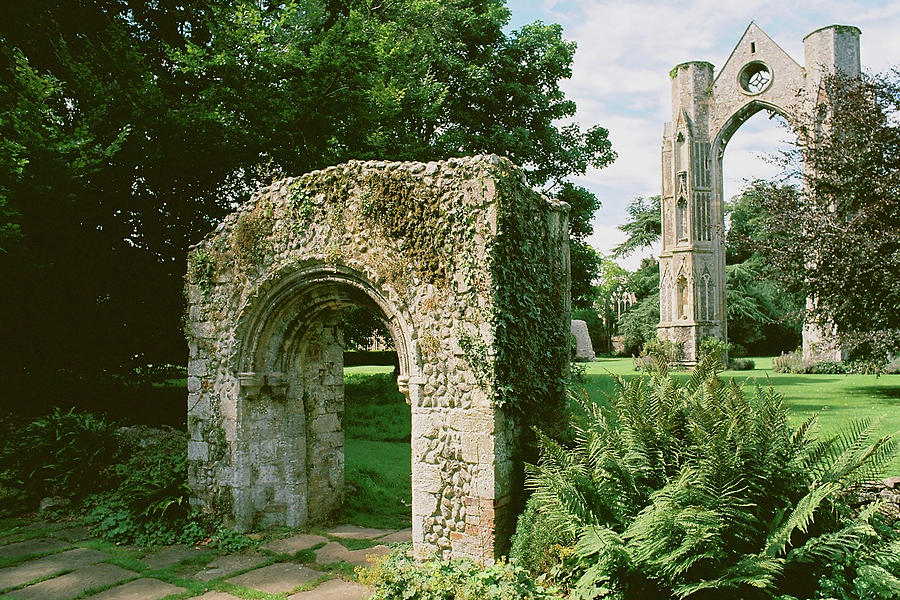 Abbey ruins in Walsingham by Paul Cowan
