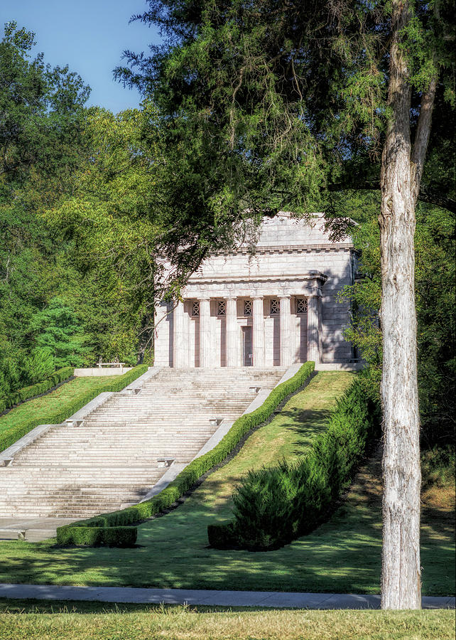 Abe Lincoln's Birthplace by Susan Rissi Tregoning
