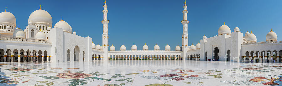 Abu Dhabi - Pano by Mauro Celotti