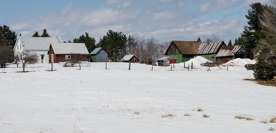Active Farm on Allumette Island. by Rob Huntley